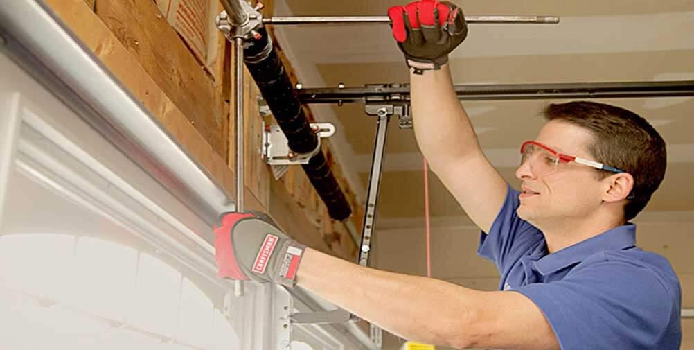 Emergency Garage Door 247 Repair Services Talk Geo Lifestyle