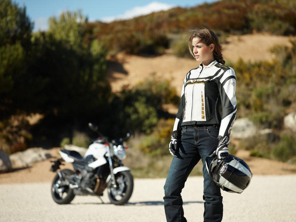 kevlar-wear-in-motorcycles