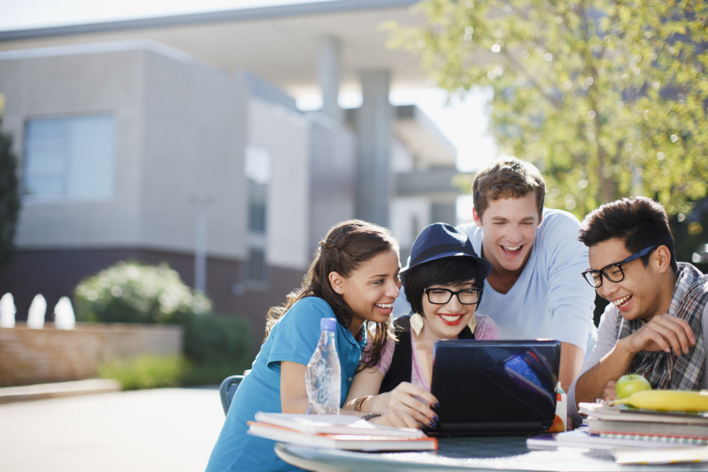 top essay writing service online