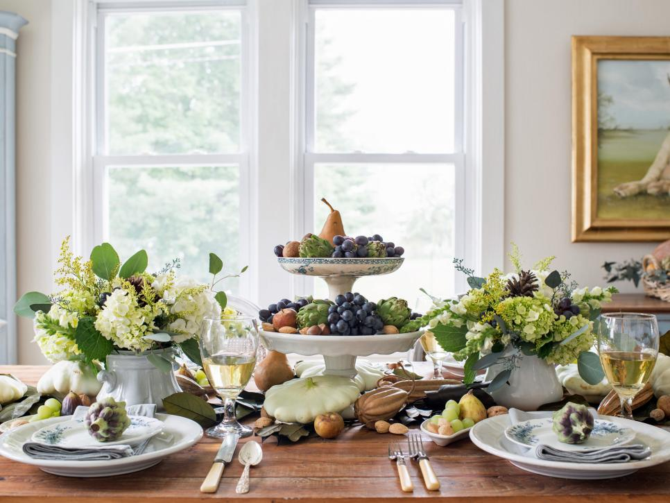 Including Fruits In The Decoration Of Your Dining Table Is A Fresh And Natural Alternative To Same Old Candles Flowers You Can Use Diffe Kinds