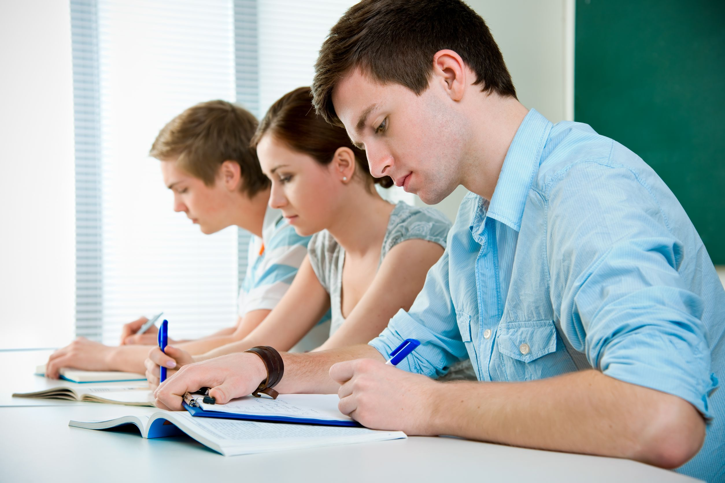 writing paper for college students essay writing service school and college students benefit from the custom research